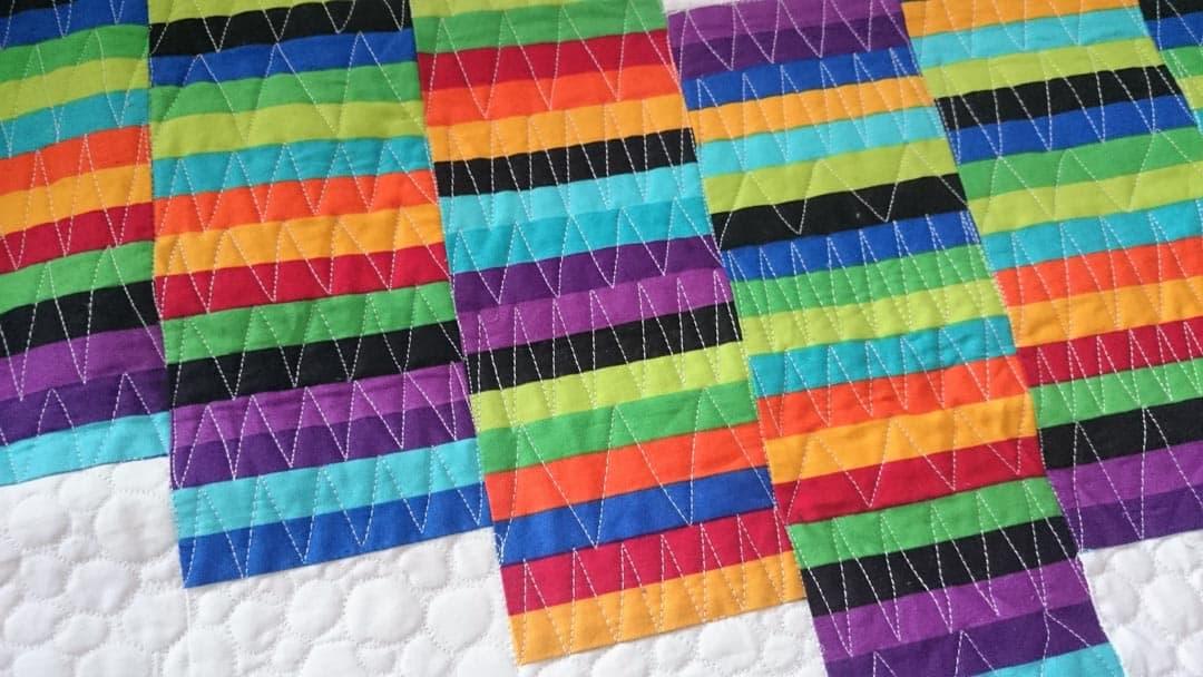 Ukážka voľného quiltovanie na deke